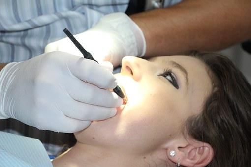 השתלות שיניים ביום אחד בחיפה