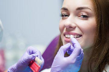 מה חשוב לדעת על טיפולי השתלות שיניים ביום אחד בצפון